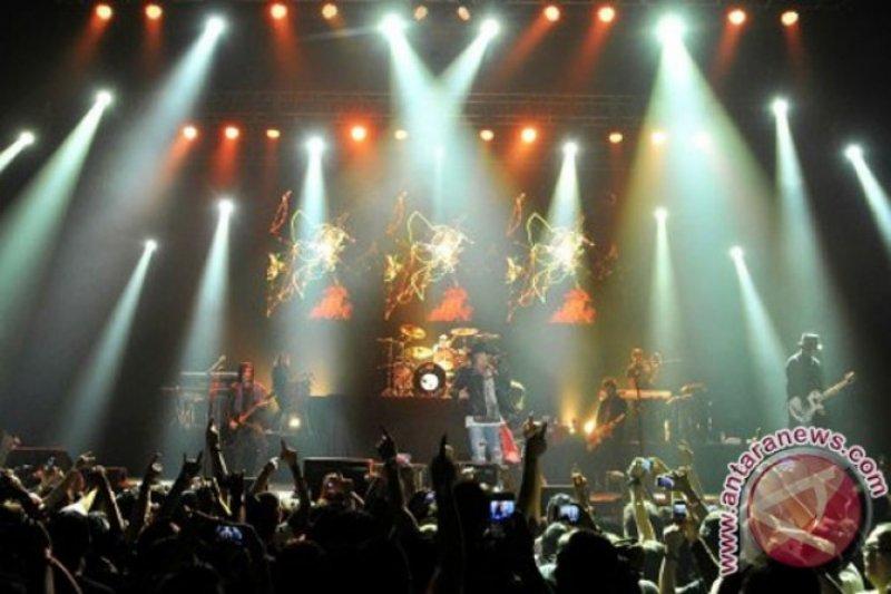 Belum ada pemberitahuan resmi Presiden Jokowi nonton konser Guns N' Roses