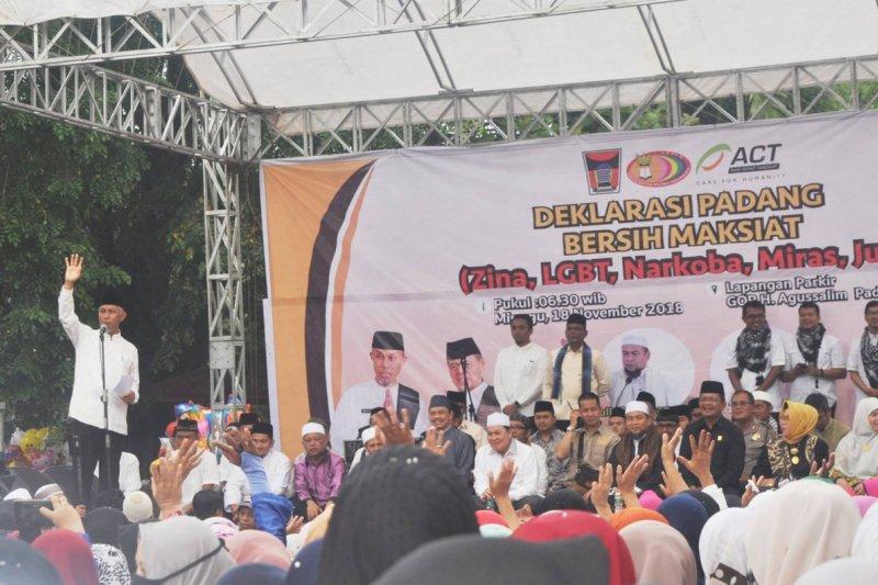 Wali kota deklarasikan Padang bersih dari maksiat