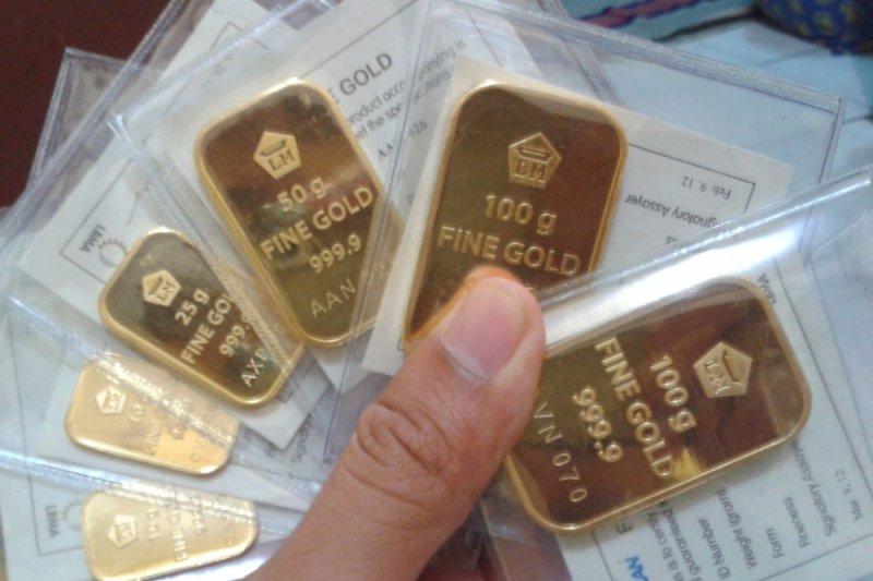 Emas berjangka naik
