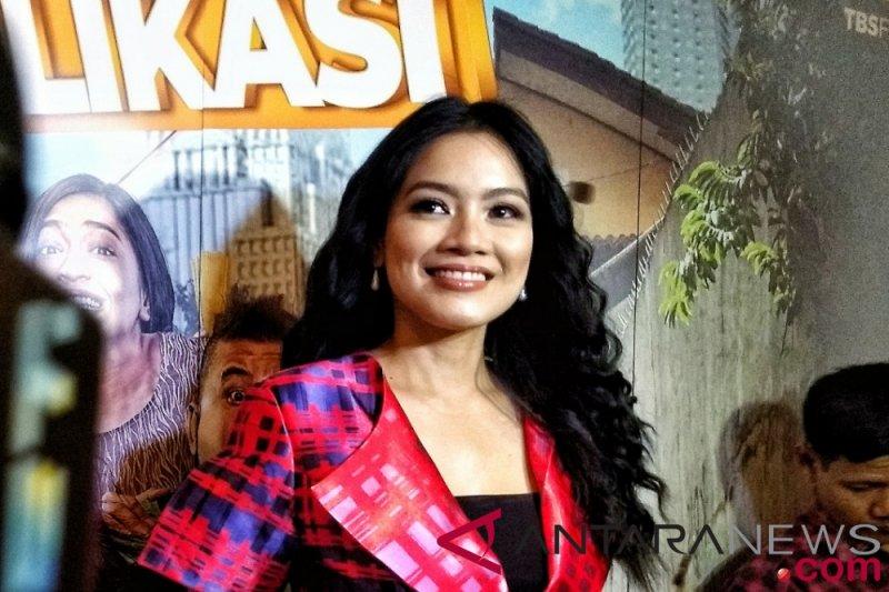 Hari Kartini, Titi Kamal semangati perempuan Indonesia melalui medsos
