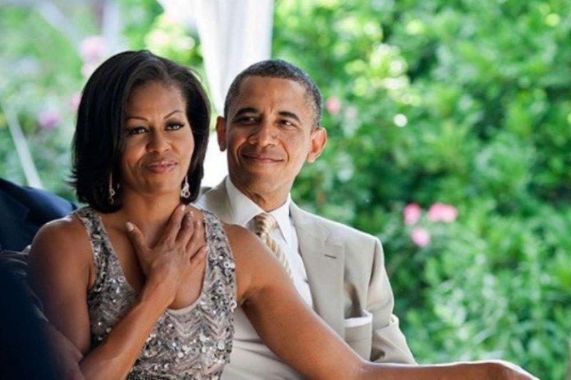 Michelle Obama membuat podcast di Spotify