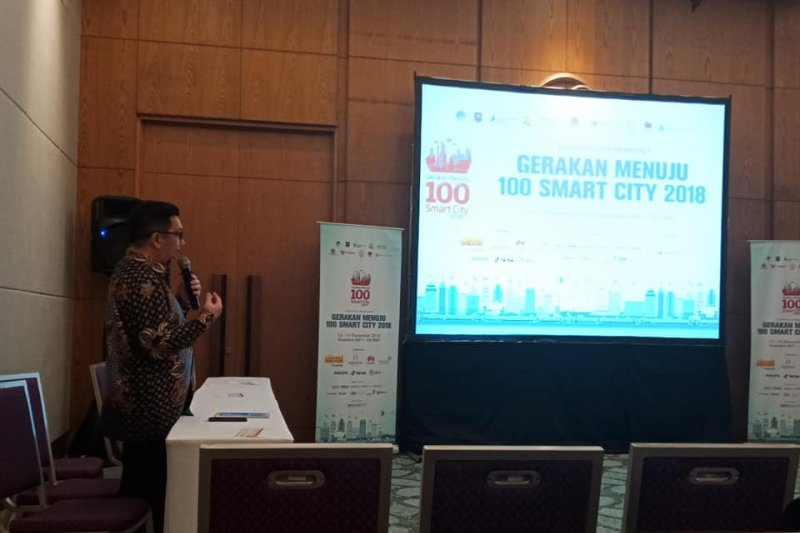 "Wawali Manado presentasi ""Masterplan dan Quick Wins Smart City Manado"""