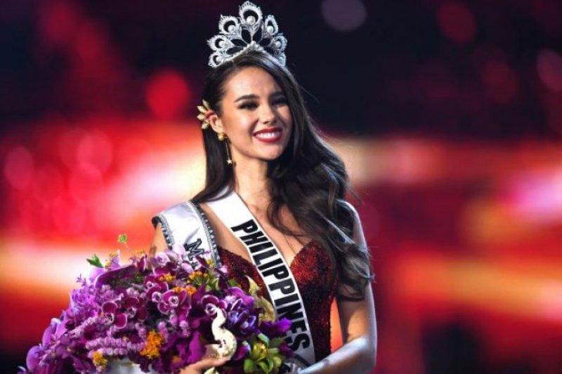Catriona Gray dinobatkan sebagai Miss Universe 2018