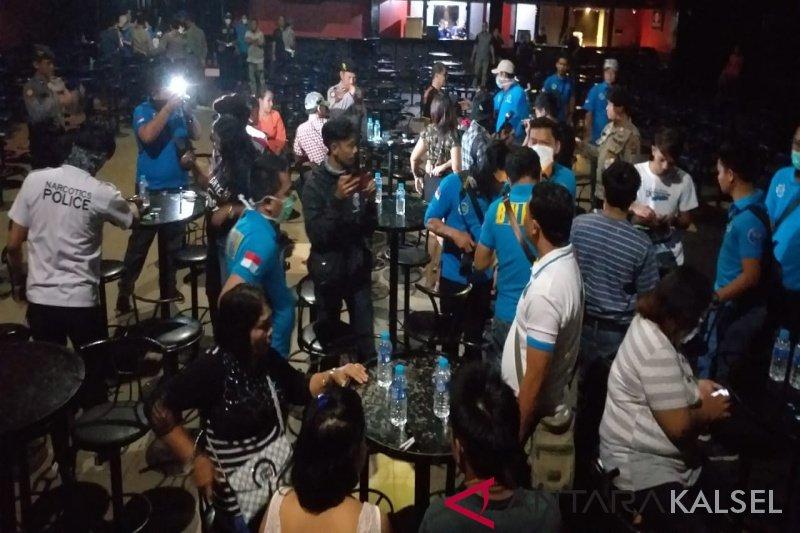 Antisipasi HIV/AIDS, Dinkes OKU ambil sampel darah pengunjung tempat hiburan