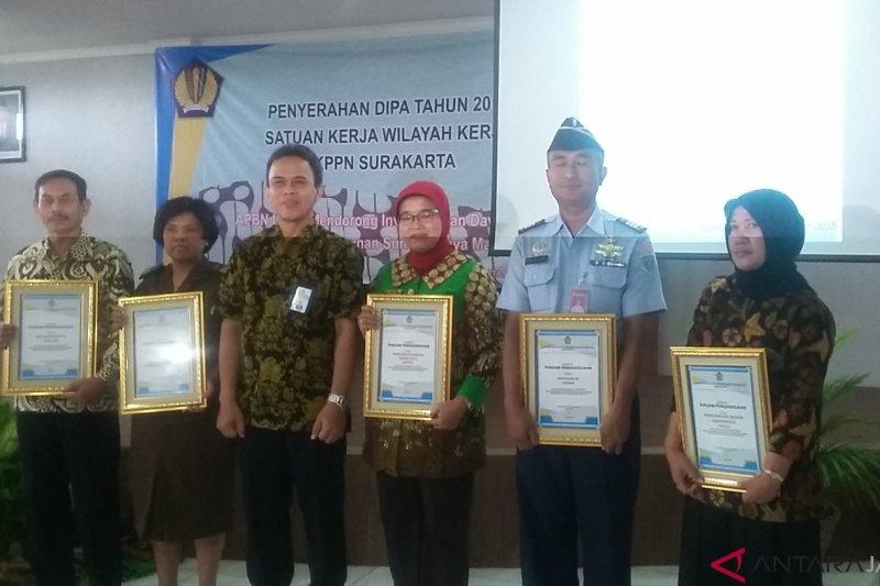 KPPN Surakarta serahkan DIPA 2019 Rp5,6 triliun