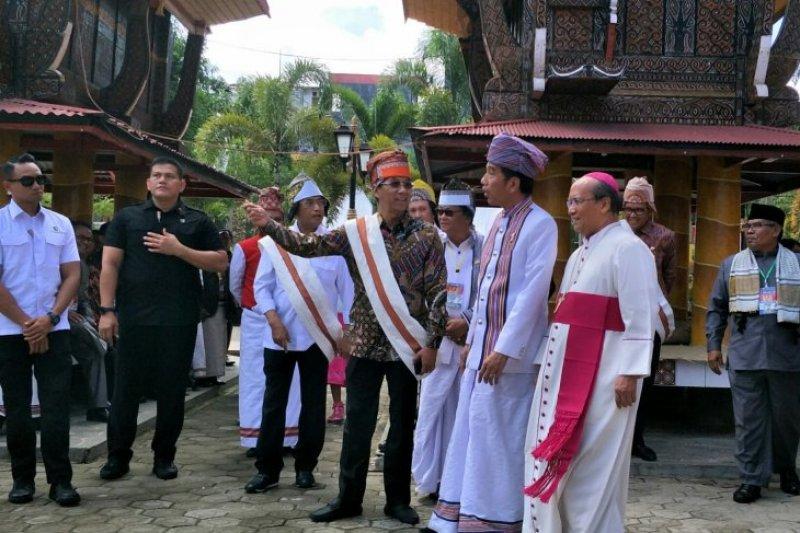 Presiden Jokowi bertemu para pemuka agama di Tana Toraja