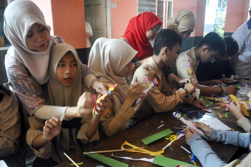 FKM UI beri pelatihan kesehatan reproduksi remaja tunagrahita di Kota Depok