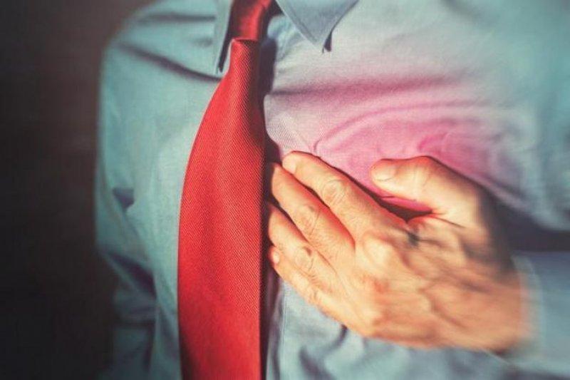 Beban kerja dan aktivitas berat bisa picu serangan jantung