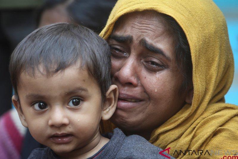 Dua perempuan Rohingya termasuk ibu hamil tewas dalam serbuan militer Myanmar
