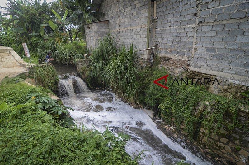 Pemprov Jabar dorong industri kelola limbah secara terpadu