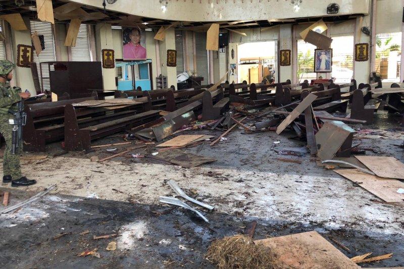 Dua pelaku bom bunuh diri di gereja Filipina adalah suami-isteri WNI
