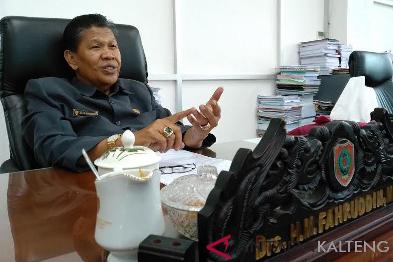 Cegah kerusakan dokumen, lemari arsip di Samsat harus diganti