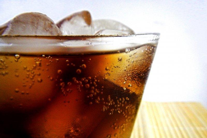 Pakar gizi: Sebaiknya tak suguhkan minuman soda saat Lebaran