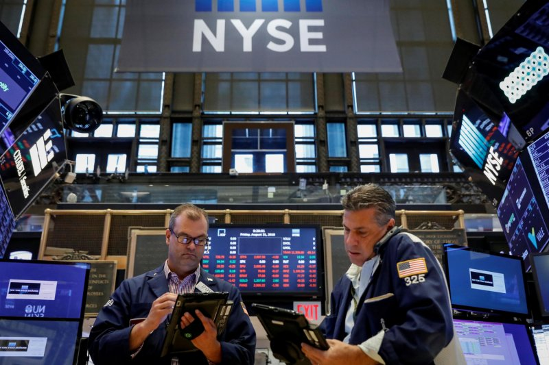 Wall Street ditutup turun tajam, saham Nike dan Boeing anjlok - ANTARA News