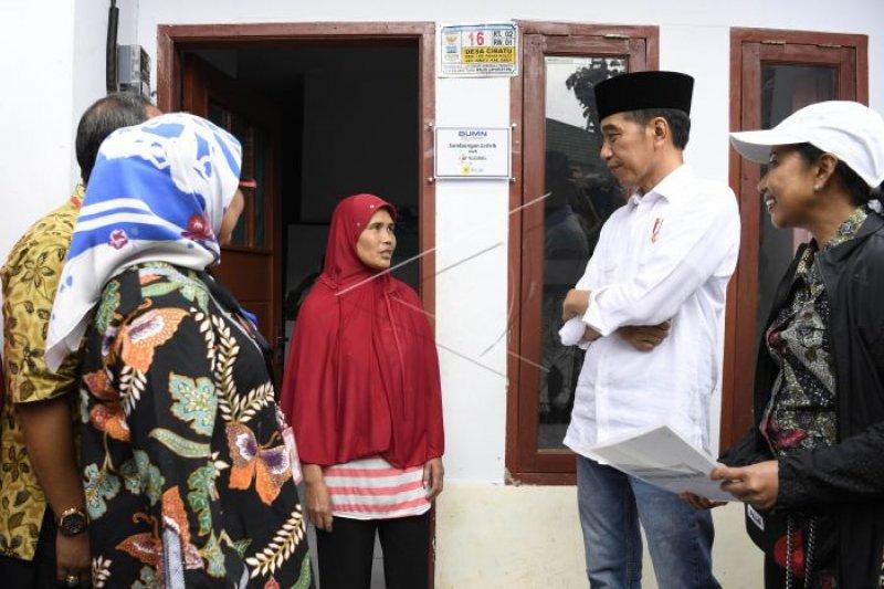 100.970 rumah tangga tidak mampu tersambung listrik gratis berkat Sinergi BUMN