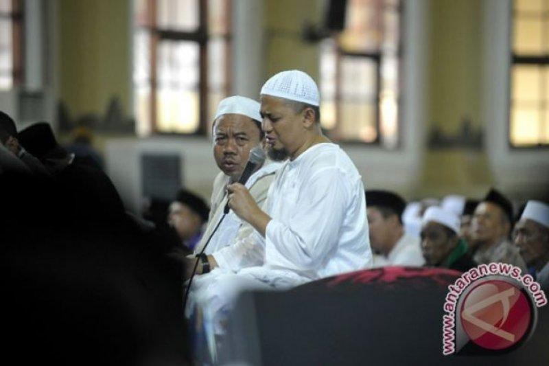 Kabar Ustaz Arifin Ilham meninggal hoaks