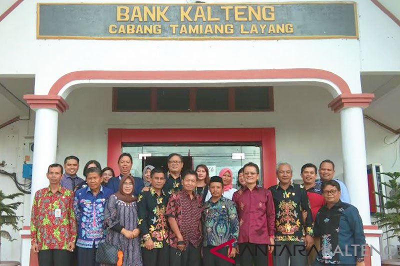 Legislator: Bank Kalteng cabang Tamiang Layang patut diberi predikat terbaik se-Kalteng