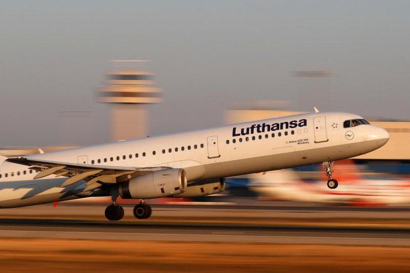 Maskapai Lufthansa segera kembali layani penerbangan ke 20 destinasi pada Juni