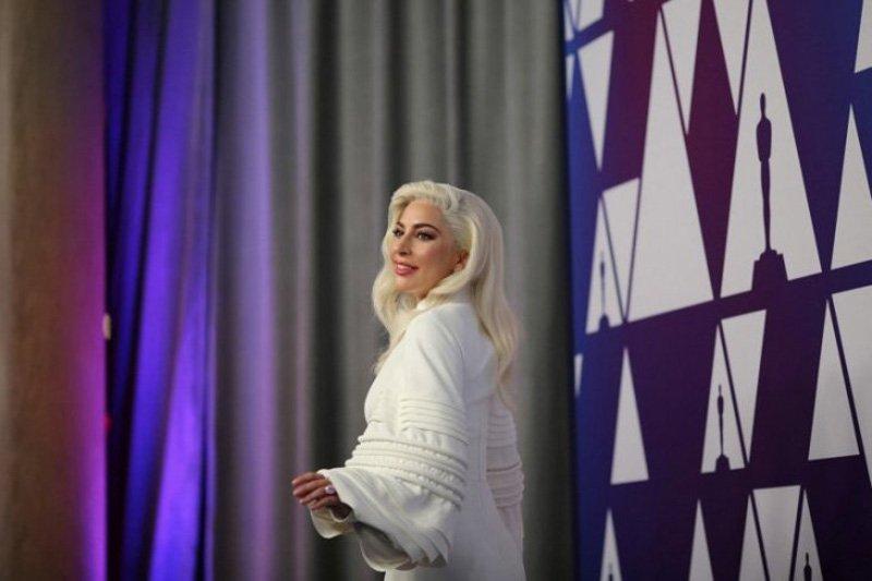 Pertunangan Lady Gaga-Christian Carino bubar