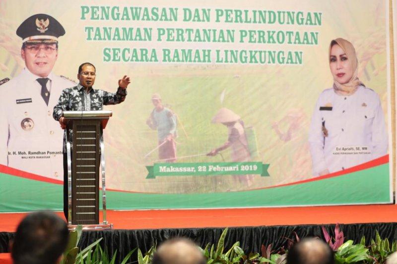 Wali Kota Makassar apresiasi keberhasilan petani kota