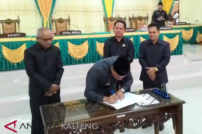 Pemkab dan DPRD Lamandau menyepakati raperda RPJMD 2018-2023