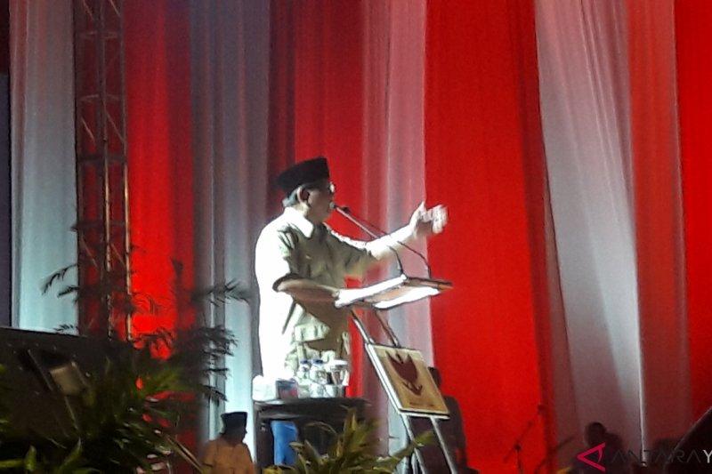 Prabowo: politik lebih sulit dari perang