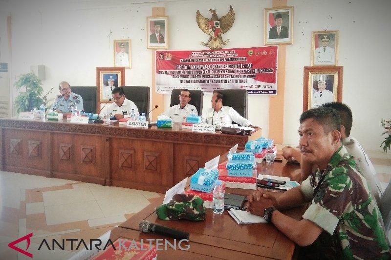 Tim Pora kecamatan perkuat pengawasan TKA di Barito Timur