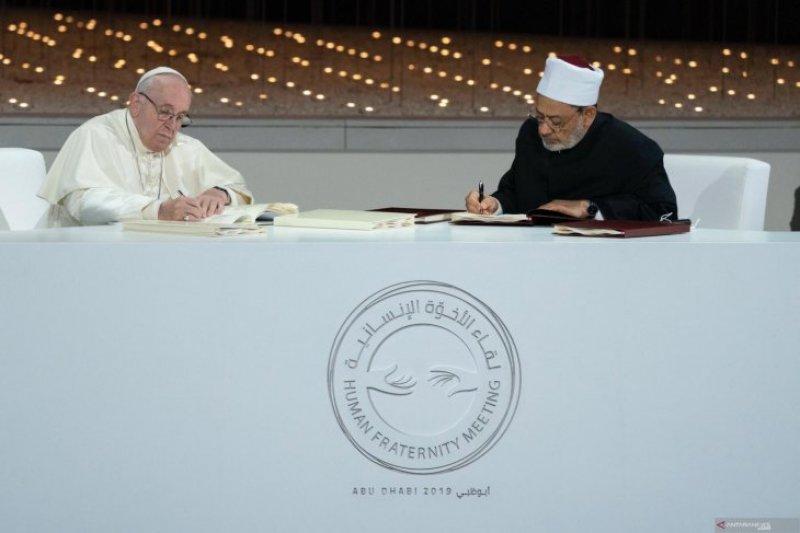 Paus dan Iman Al Azhar tanda tangani Deklarasi Abu Dhabi