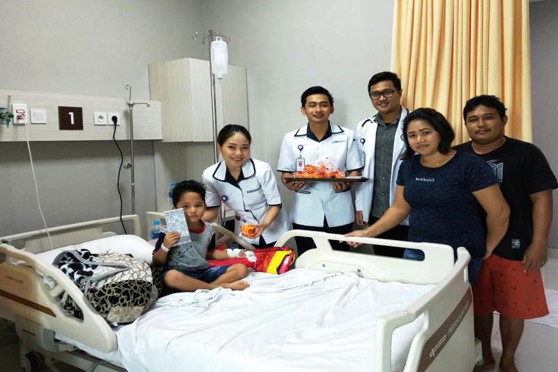 Siloam Hospitals Rayakan Tahun Baru Imlek 2570 dengan para pasien