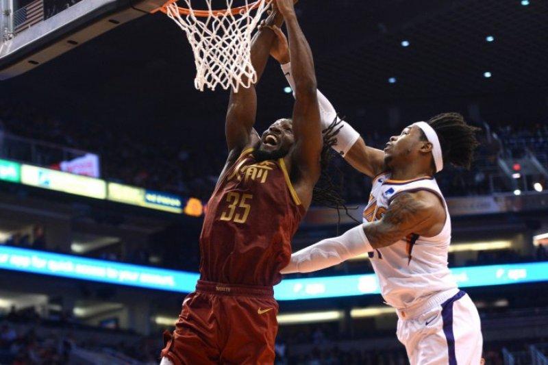 Rockets kalahkan Suns, Harden cetak 44 poin