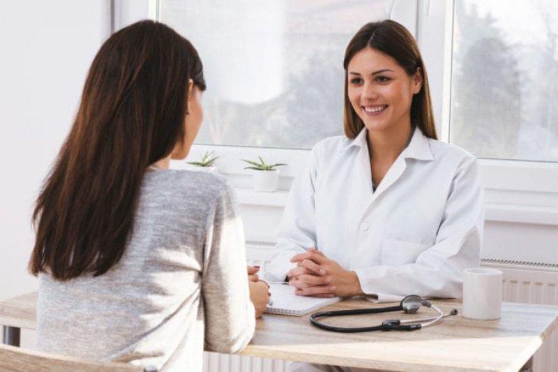 Poin penting yang wajib ditanya ke dokter saat berobat