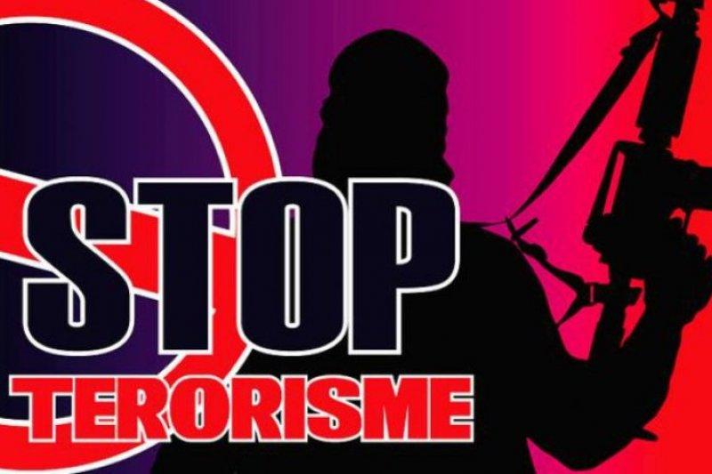 Densus 88 amankan  dua terduga teroris di Tanah Datar