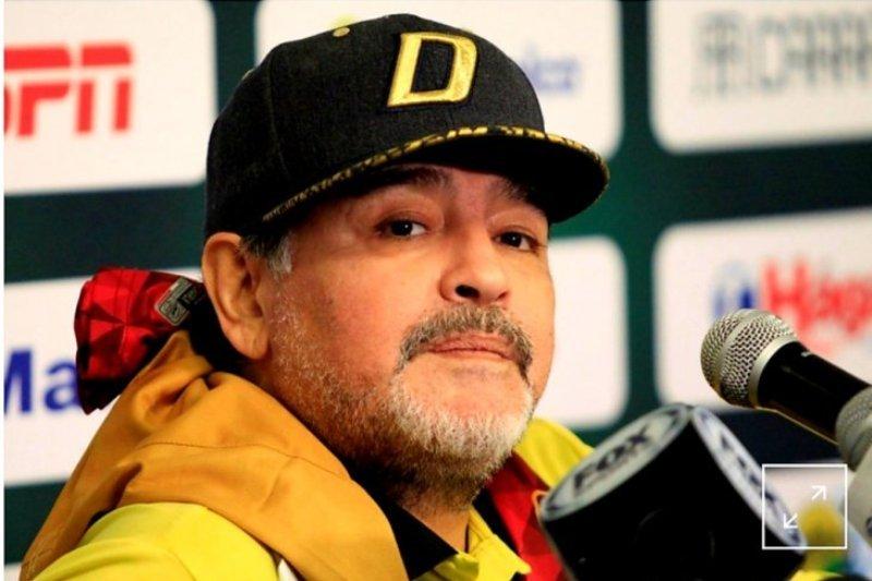 Alasan kesehatan, Maradona tinggalkan peran sebagai pelatih
