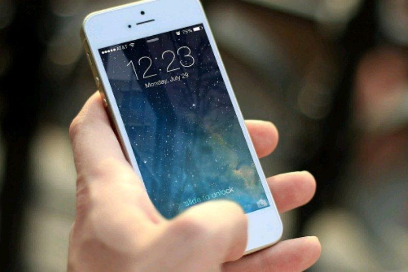Berkat Intel , Iphone bakal hadir 2020
