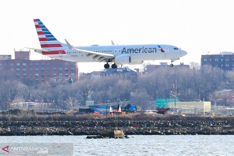 Ribuan calon penumpang terlantar di berbagai bandara AS