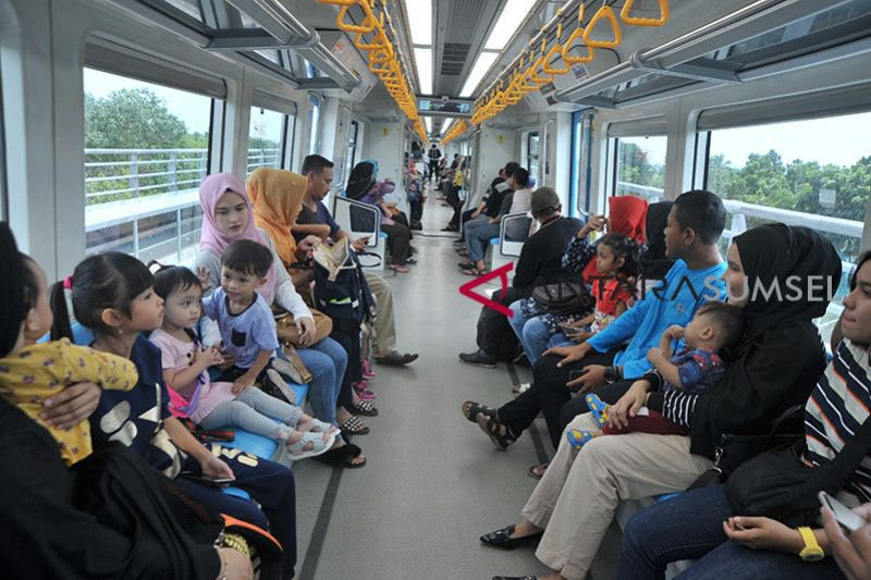 Penumpang LRT Sumsel tembus 5.000 orang perhari