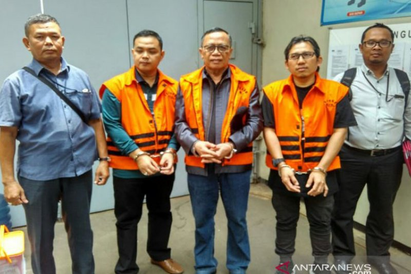 Tiga terpidana kasus suap Lampung Tengah dan Sumedang dipenjara di LP Sukamiskin Bandung