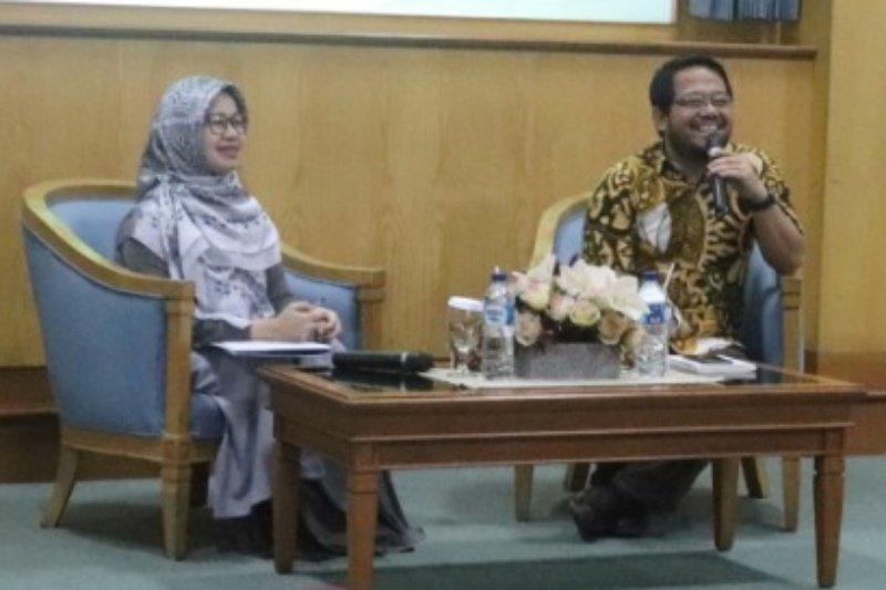 Mahasiswa FEB UMP dikenalkan Pasar Modal Syariah