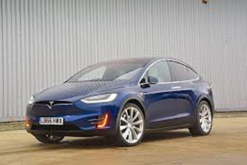 Mobil listrik terbaru Tesla justru diproduksi di Shanghai