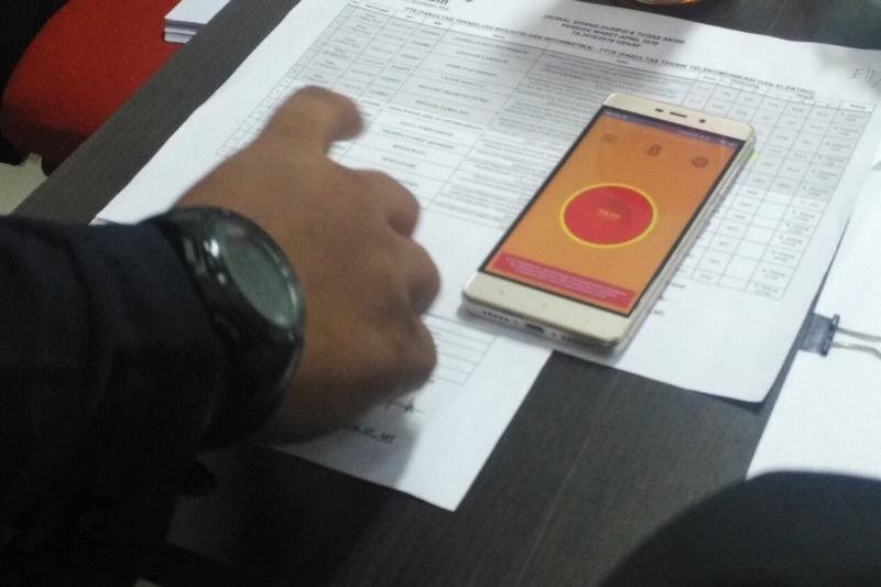 Mahasiswa IT Telkom Purwokerto ciptakan tombol darurat