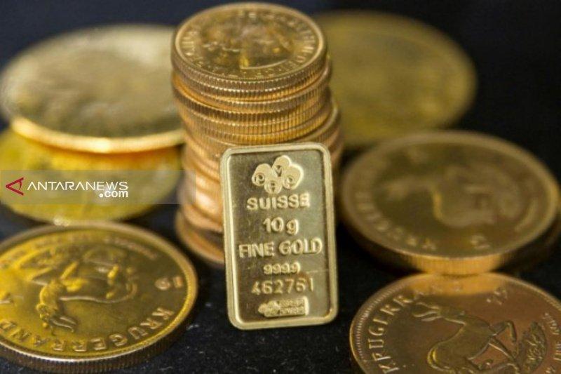 Emas naik didukung dolar AS yang lebih lemah