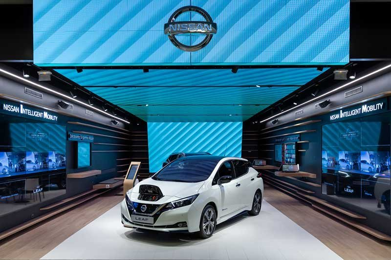 Nissan ikut jejak Tesla, jual mobil secara online