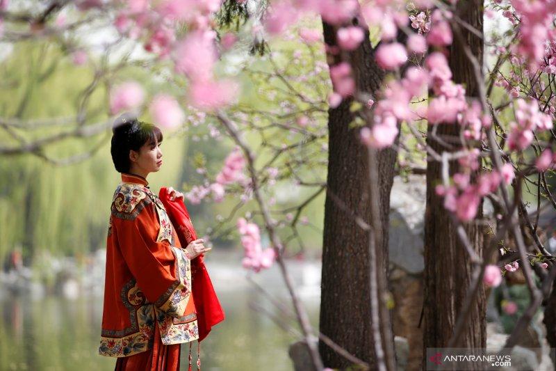 Festival Qingming China jadi Hari Berkabung Nasional Corona