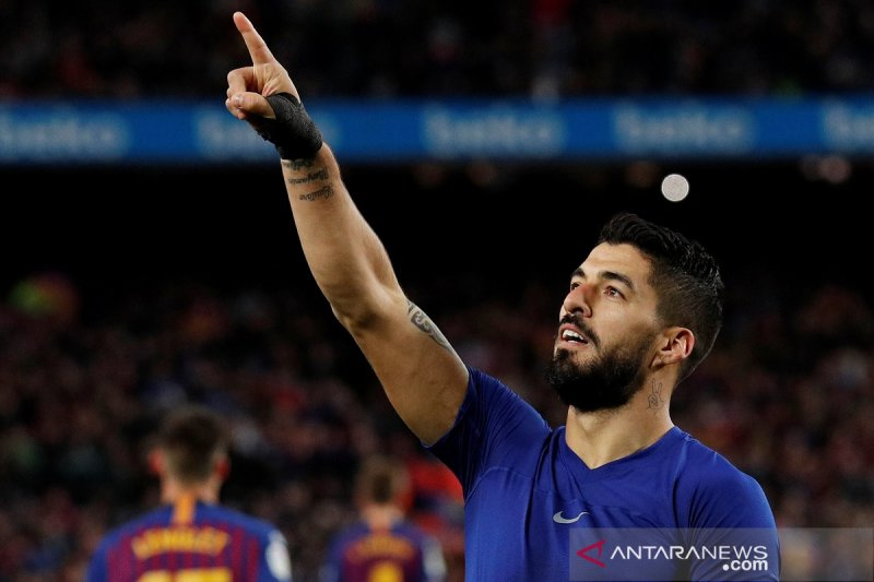 Barcelona puncaki klasemen dengan unggul 11 poin