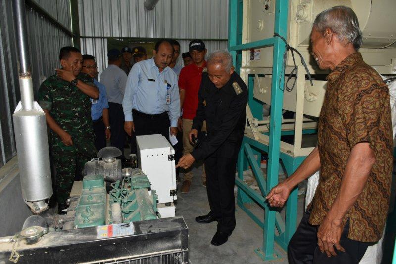 DP3 Sleman membantu petani mesin pengering gabah dongkrak produksi