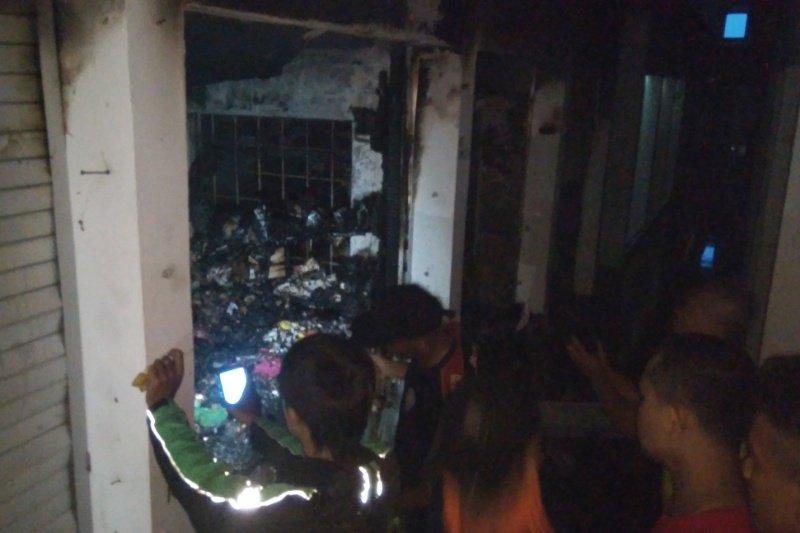 Delapan kios di Pasar Manis Purwokerto terbakar
