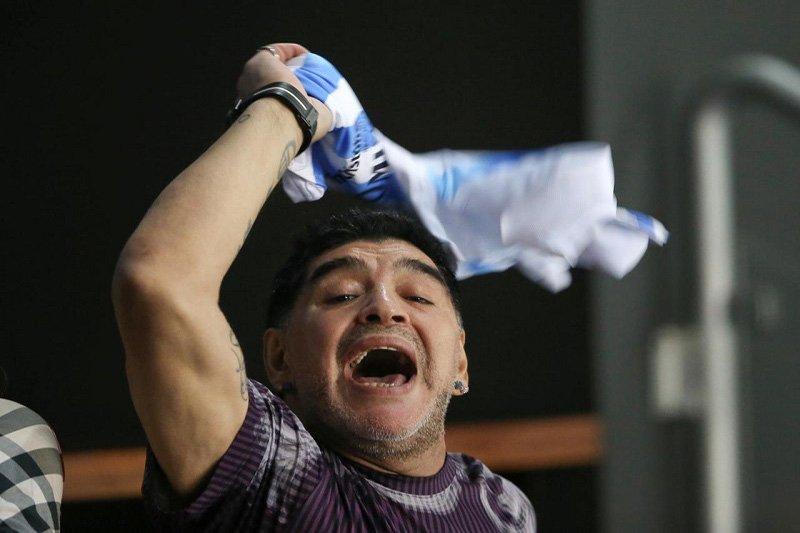 Maradona ditangkap di bandara Meksiko