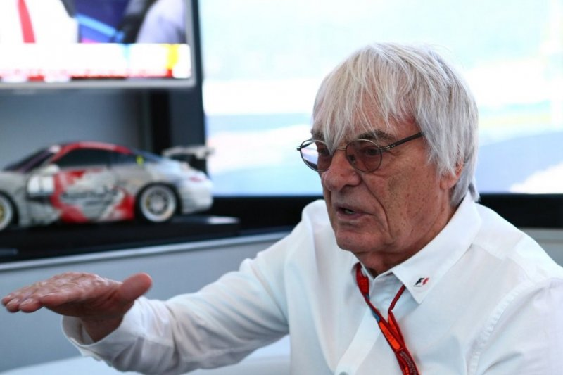 Bernie Ecclestone : Formula 1 2020 harus dibatalkan
