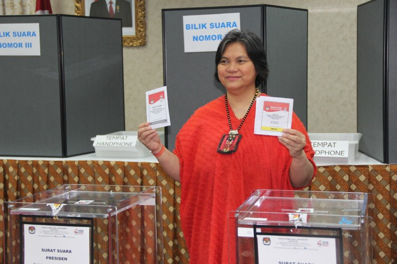 Election in Houston highlighted with dangdut music event
