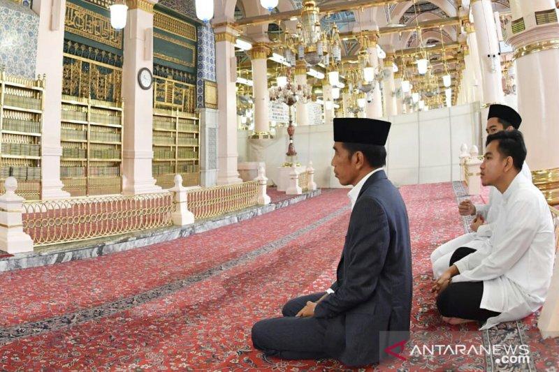 Jokowi berziarah ke makam Nabi Muhammad SAW